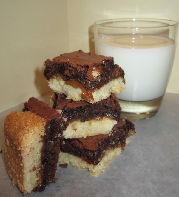 Shortbread Caramel Brownies_2