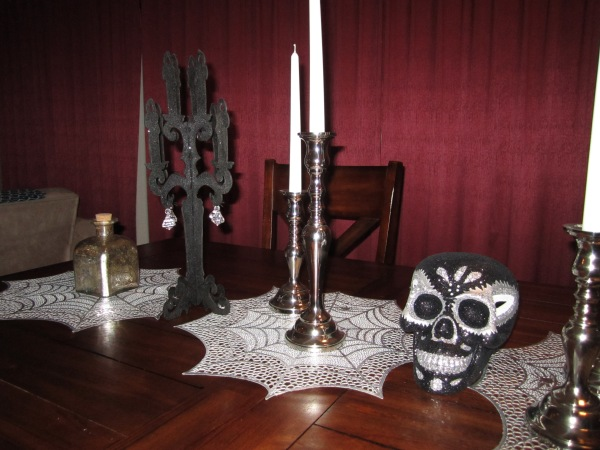 Halloween table decorations 2