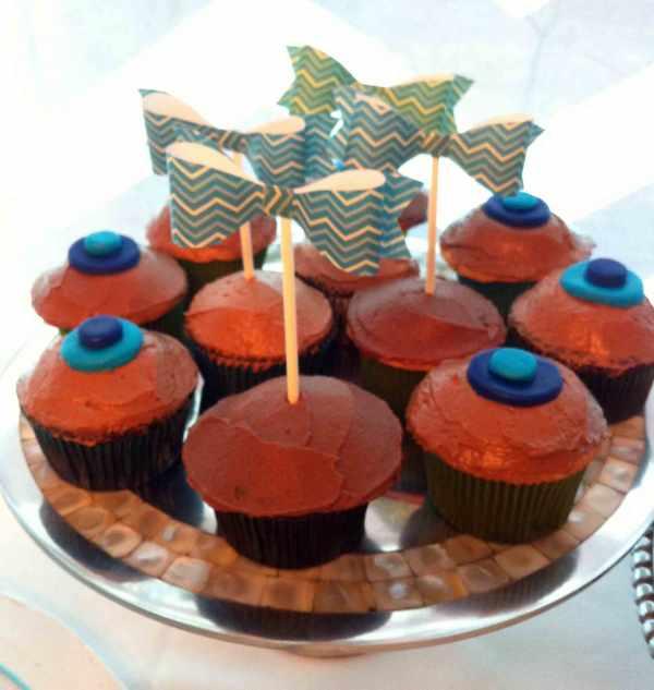 Bow-tie-cupcakes-2